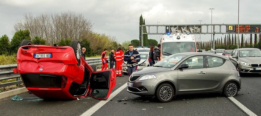 Autounfall auf der Autobahn